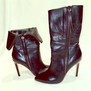 NEIMAN MARCUS Minix Leather Cuffed Bootie - 10